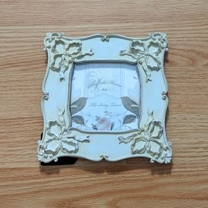Victorian picture frame in ivory